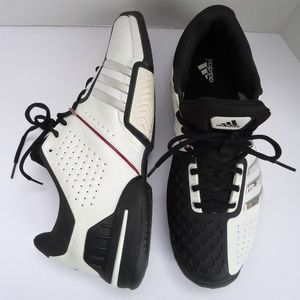 SIZE 13,5.Adidas  Men's Training Leather Sneakers.
